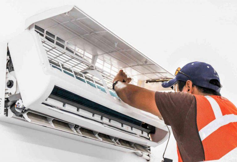 Sửa chữa vệ sinh máy lạnh tại Quận 9 TpHCM