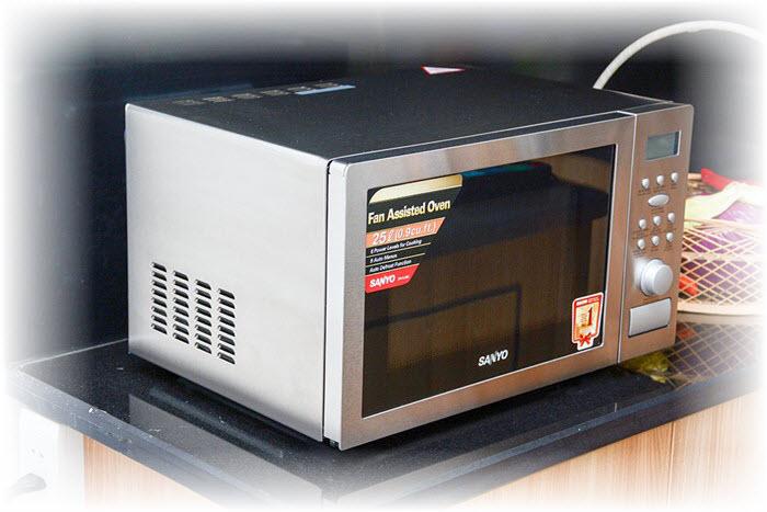 Sửa lò vi sóng không nóng sharp electrolux sanyo tại nhà tpHCM