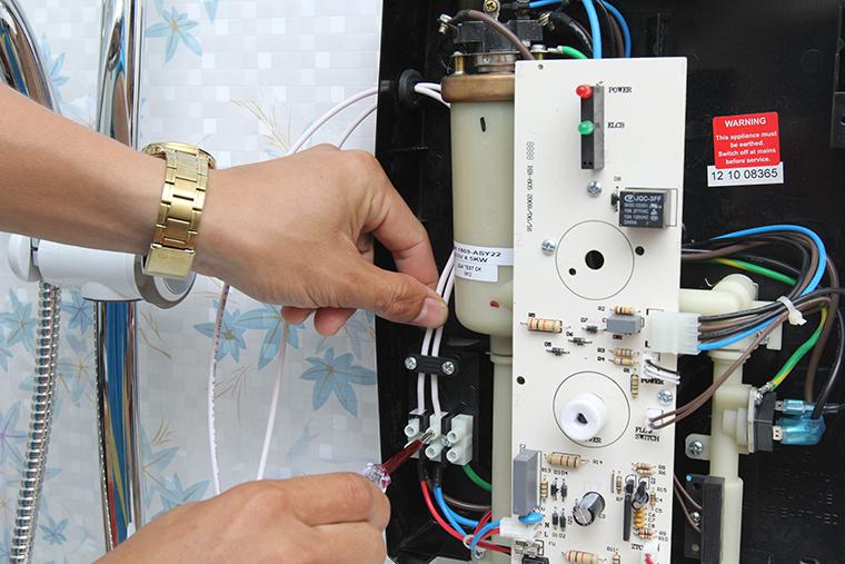 Vệ sinh máy lạnh giá rẻ - tp Biên Hòa